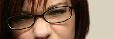girls-with-glasses-wallpaper-4
